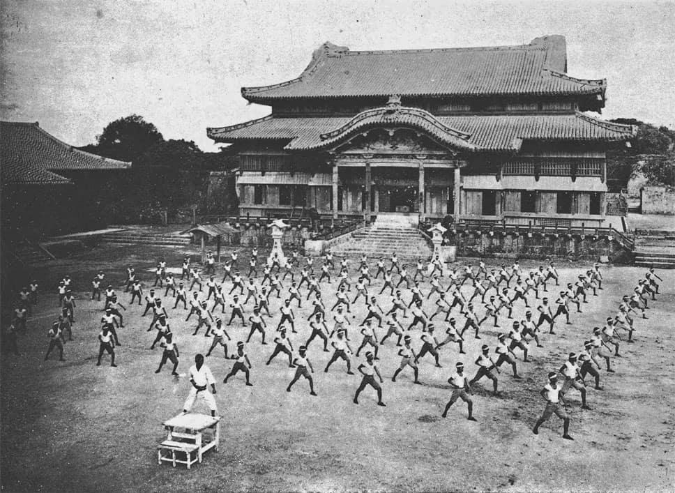 karate dojo japan shuri castle